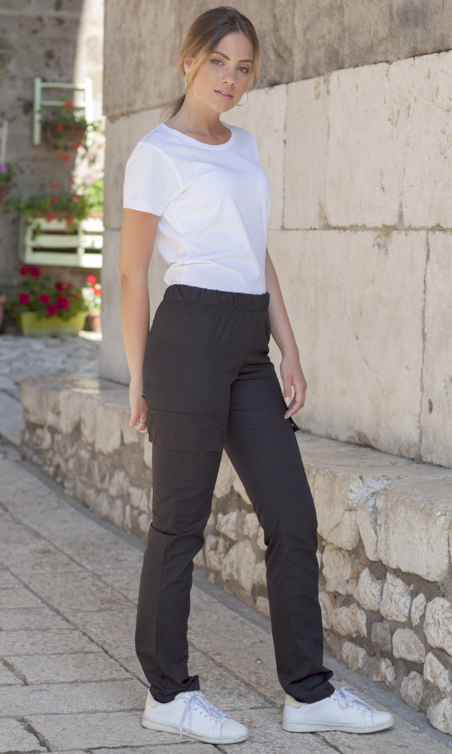 Stain resistant woman's trousers