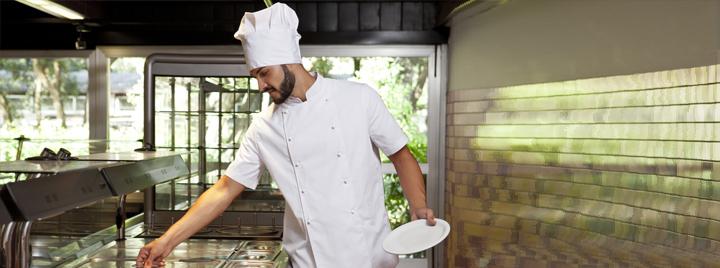 Abbigliamento professionale per cuochi e chef. Giacche cuoco traspiranti e  comode prodotte in italia. Prodotto certificato EN ISO 13688 2013 32d6a3af91e9