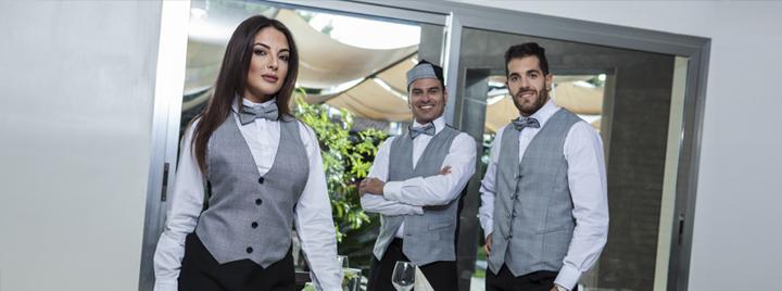 Produttore di abbigliamento e divise da lavoro per ristoranti. Vasto  assortimento di gilet 23cfcaa4fba